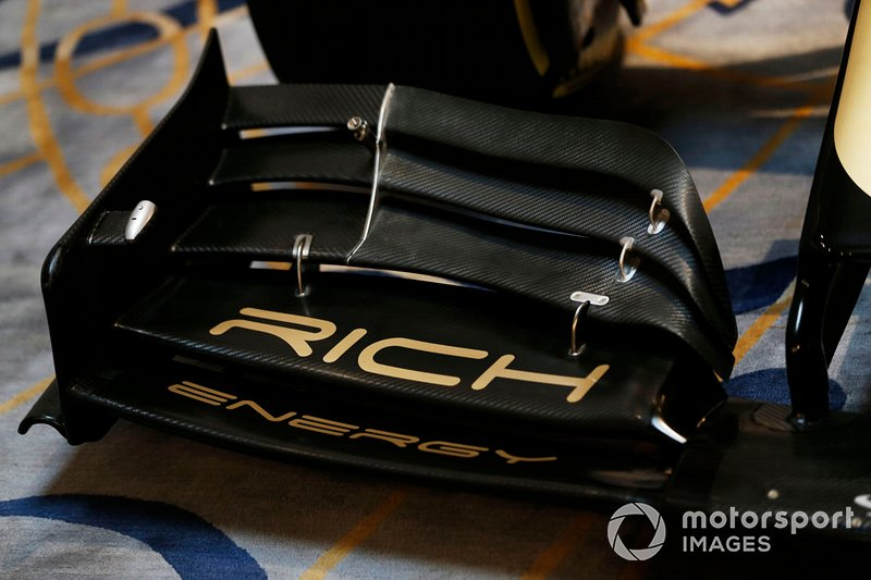 Rich Energy Branding on the new 2019 Haas livery