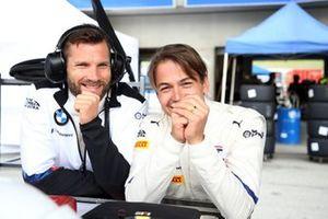 #42 BMW Team Schnitzer BMW M6 GT3: Augusto Farfus, Martin Tomczyk