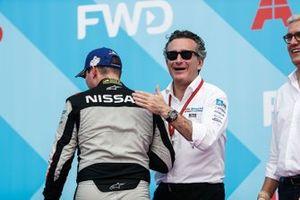 Oliver Rowland, Nissan e.Dams, with Alejandro Agag, CEO, Formula E, on the podium