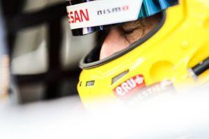 #45 Kondo Racing GT-R Nismo GT3: Tom Coronel