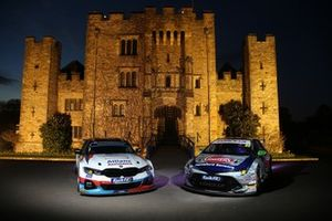 Colin Turkington, WSR BMW and Tom Ingram, Speedworks Motorsport Toyota Corolla at Hever Castle