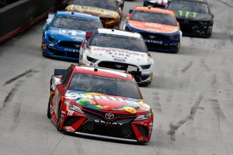 Kyle Busch, Joe Gibbs Racing, Toyota Camry Snickers