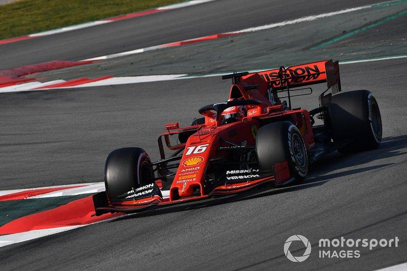 No começo da primeira parte dos testes, a Ferrari também despontou: Leclerc foi o líder do dia 2