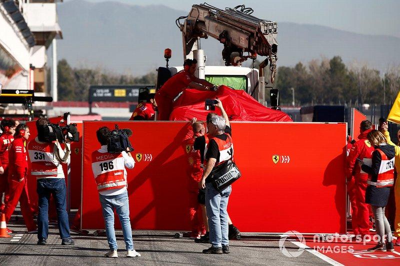 Das Unfallauto von Sebastian Vettel