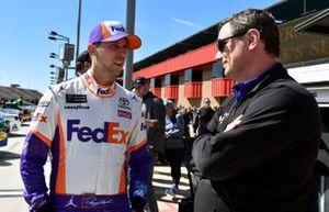Denny Hamlin, Joe Gibbs Racing, Toyota Camry FedEx Express and Christopher Gabehart