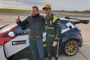 Milenko Vuković, Daniel Ricciardo et la Renault Mégane TCR de Vukovic Motorsport