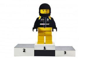 Piloto del Renault Team Lego, en el podio