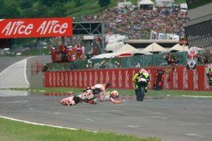 Hector Barbera, Team Toth Aprilia, Marco Simoncelli, Metis Gilera, crash