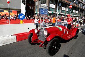 Kimi Raikkonen, Ferrari klasik bir araç ile