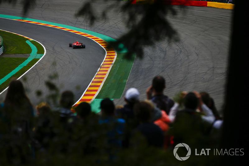 Kimi Raikkonen, Ferrari SF71H, at Pouhon