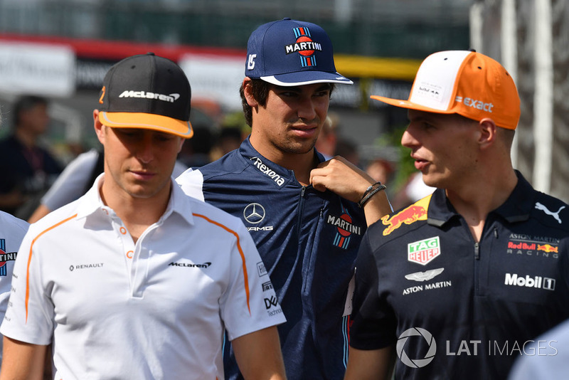 Stoffel Vandoorne, McLaren, Lance Stroll, Williams Racing y Max Verstappen, Red Bull Racing