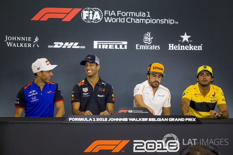 Pierre Gasly, Scuderia Toro Rosso Toro Rosso, Daniel Ricciardo, Red Bull Racing, Fernando Alonso, McLaren y Carlos Sainz Jr., Renault Sport F1 Team