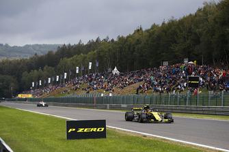 Carlos Sainz Jr., Renault Sport F1 Team R.S. 18, voor Sergey Sirotkin, Williams FW41