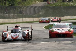 #54 CORE autosport ORECA LMP2, P - Jon Bennett, Colin Braun #58 Wright Motorsports Porsche 911 GT3 R, GTD - Patrick Long, Christina Nielsen
