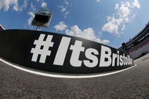 Atmosphere at Bristol Motor Speedway