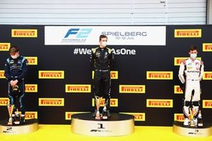 Podium: Race winner Christian Lundgaard, ART Grand Prix, second place Dan Ticktum, DAMS, third place Marcus Armstrong, ART Grand Prix