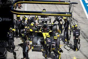 Esteban Ocon, Renault F1 Team R.S.20 retires from the race