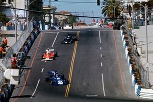 Patrick Depailler, Tyrrell 007 Ford leads Niki Lauda, Ferrari 312T and Tom Pryce, Shadow DN5B Ford