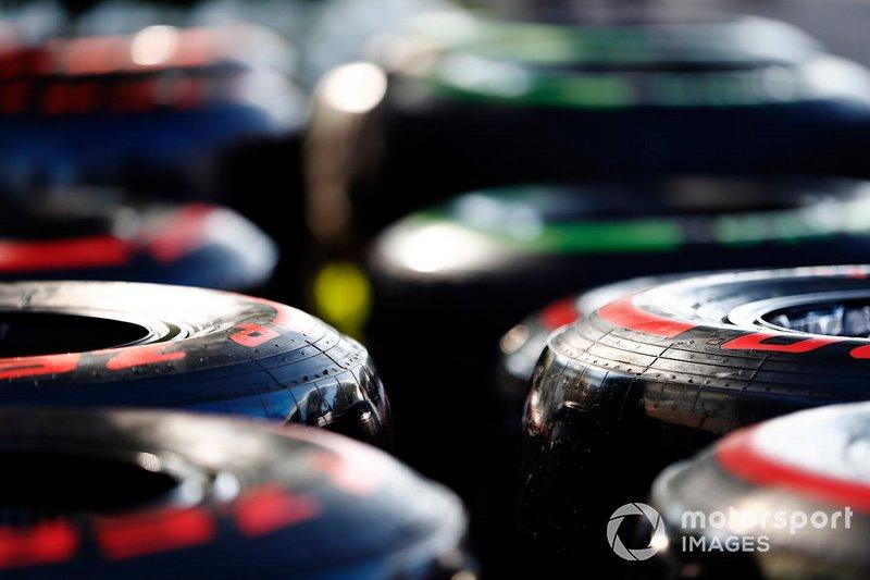 Pirelli ya no está obligado a dar a conocer sus neumáticos para las carreras fuera de Europa 15 semanas antes, ni nueve para las europeas. Dos semanas serán suficientes
