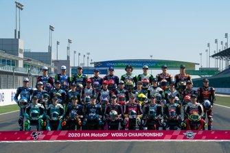 Gruppenfoto: Alle Piloten für die Moto3-WM 2020
