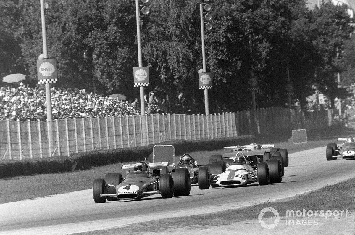 Clay Regazzoni, Ferrari 312B, Pedro Rodríguez, BRM P153 y Jackie Stewart, March 701 Ford