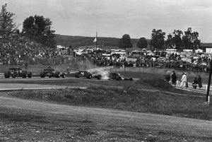 Jackie Stewart,Tyrrell 001-Ford, leads Derek Bell, Surtees TS7-Ford
