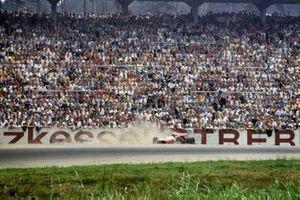 Mario Andretti, Marzo 701 Ford sobre el césped