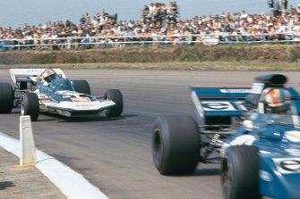 Francois Cevert, Tyrrell 002, Rolf Stommelen, Surtees TS9 Ford