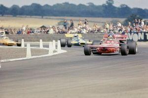 Ronnie Peterson, March 711 Ford, Tim Schenken, Brabham BT33 Ford