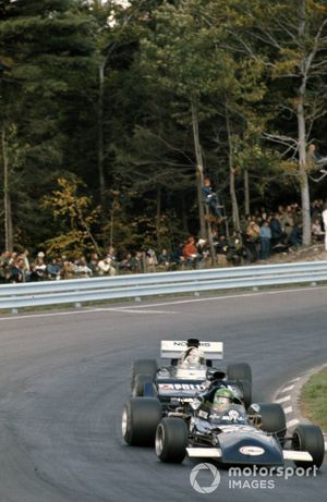 Henri Pescarolo, March 721 Ford, Sam Posey, Surtees TS9B Ford