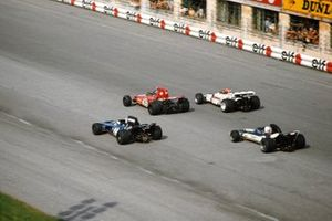 Ronnie Peterson, March 711-Ford, Jo Siffert, British Racing Motors P160, Francois Cevert, Tyrrell 002-Ford, Mike Hailwood, Surtees TS9-Ford