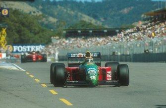 Nelson Piquet, Benetton B190 Ford y Nigel Mansell, Ferrari 641