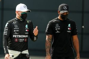 Pole sitter Valtteri Bottas, Mercedes AMG F1, and Lewis Hamilton, Mercedes AMG F1, in Parc Ferme