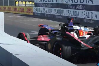 Pascal Wehrlein, Mahindra Racing, Oliver Rowland, Nissan e.Dams