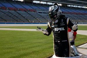 Обладатель поул-позиции Джозеф Ньюгарден, Team Penske Chevrolet