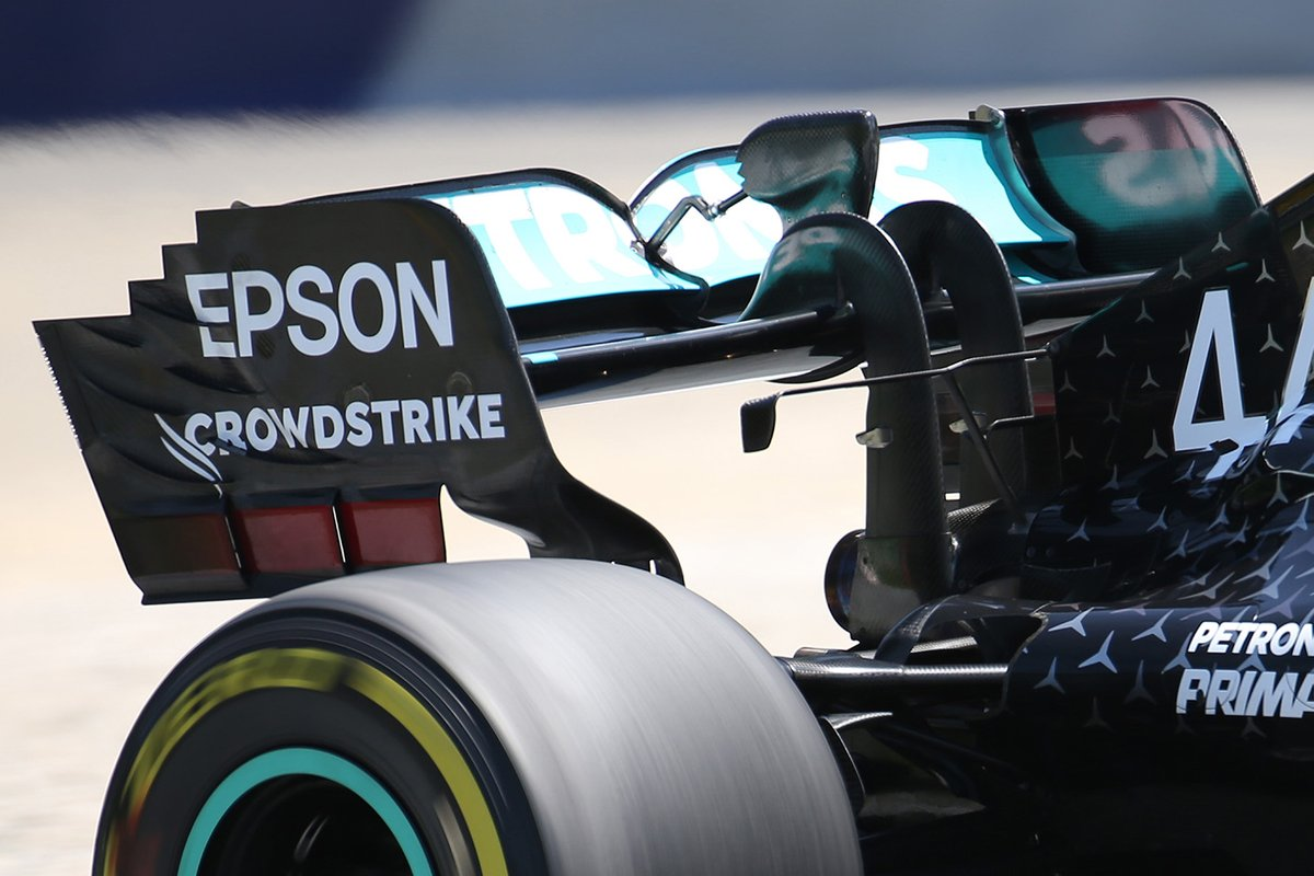 Lewis Hamilton, Mercedes F1 W11 rear wing detail