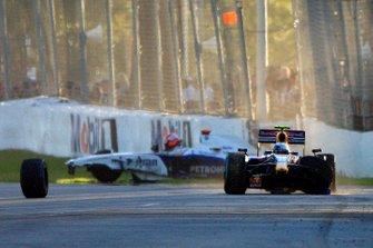 Accidents pour Robert Kubica, BMW Sauber F1.09, et Sebastian Vettel, Red Bull Racing RB5 Renault