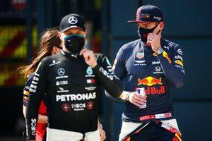 Max Verstappen, Red Bull Racing and Valtteri Bottas, Mercedes AMG F1
