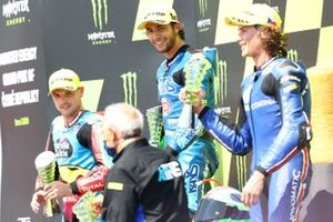 Podio: il vincitore della gara Enea Bastianini, Italtrans Racing Team, secondo classificato Sam Lowes, Marc VDS Racing, terzo classificato Joe Roberts, American Racing