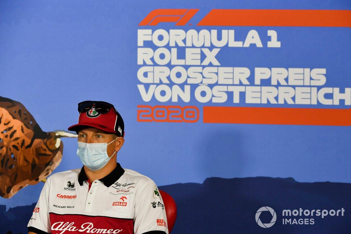 Kimi Raikkonen, Alfa Romeo durante la conferenza stampa