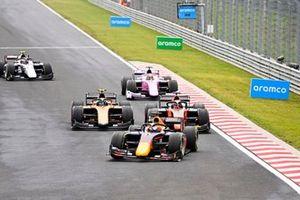 Yuki Tsunoda, Carlin, Nobuharu Matsushita, MP Motorsport and Guilherme Samaia, Campos Racing