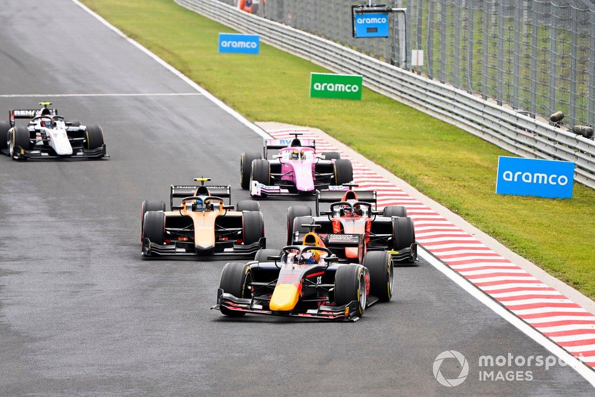 Yuki Tsunoda, Carlin, Nobuharu Matsushita, MP Motorsport y Guilherme Samaia, Campos Racing