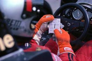 Volante del monoplaza de Mario Andretti