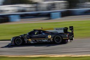 #5 Mustang Sampling Racing Cadillac DPi, DPi: Joao Barbosa, Filipe Albuquerque, Christian Fittipaldi