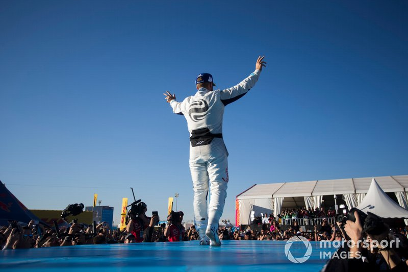 Sam Bird, Envision Virgin Racing, 3rd position, celebrates on the podium