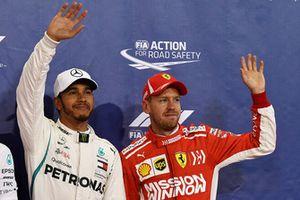 Le poleman Lewis Hamilton, Mercedes AMG F1, et le troisième, Sebastian Vettel