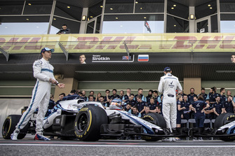 Sergey Sirotkin, Williams Racing at the Williams Team Photo