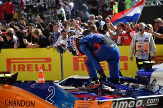 Pierre Gasly, Scuderia Toro Rosso in parc ferme