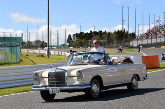 Valtteri Bottas, Mercedes AMG F1 on the drivers parade