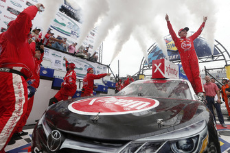 Race winner Christopher Bell, Joe Gibbs Racing, Toyota Camry